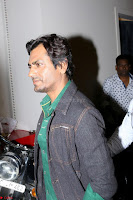 Nawazuddin Siddiqui Shooting For His First Movie Poster Of movie Babumoshai Bandookbaaz (2).JPG