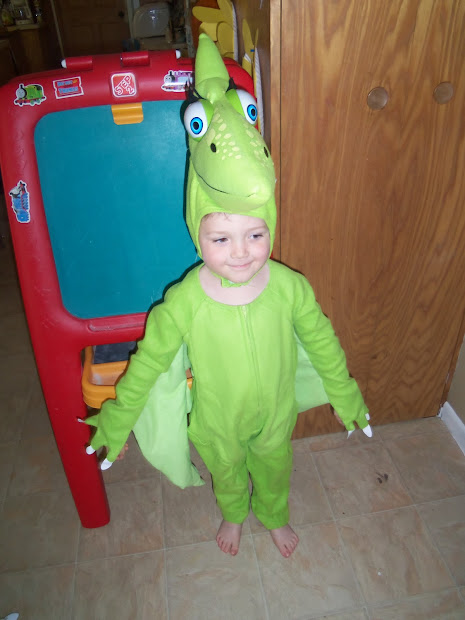 Halloween Fun With Jim Henson' Dinosaur Train Giveaway Lille Punkin'