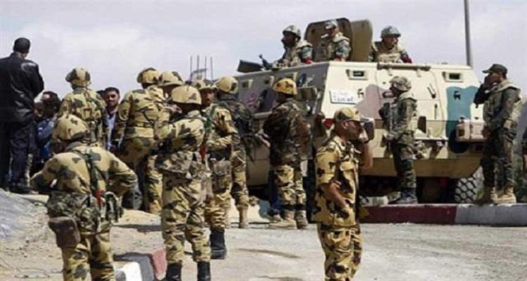 مصر : إصابة رقيب ومجندين في انفجار عبوة ناسفة بوسط سيناء