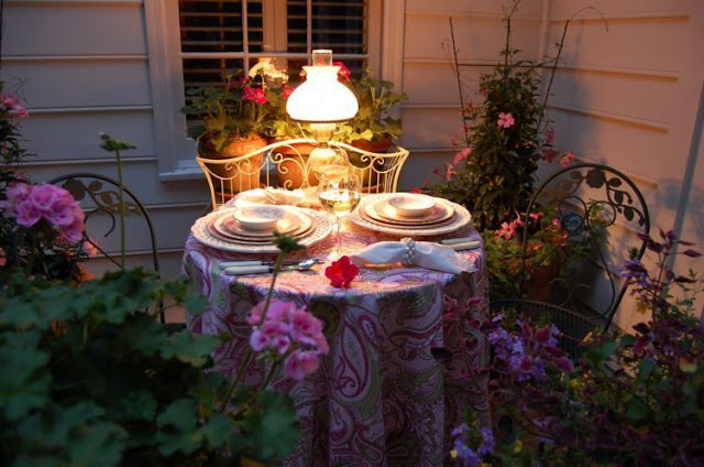 14 Dekorasi Meja Romantis Untuk Dinner, Sambut Valentine Dengan Momen Berkesan
