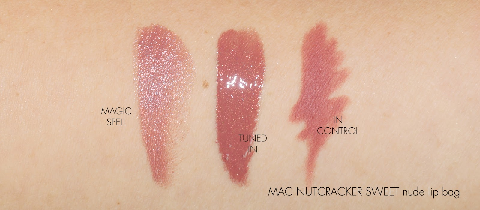 MAC Nutcracker Sweet Nude Lip Bag
