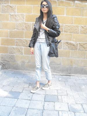 celine bag levis jeans leather jacket chamarra piel bolsa tshirt grey gris playera outfit moda fashion ootd style streetstyle estilo fashion blogger styleblogger