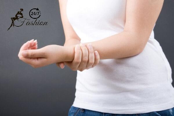 Đột nhiên đau buốt xương cánh tay trái đừng chủ quan