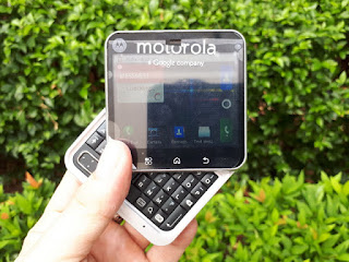 Motorola FlipOut MB511 Rotating Slide Android QWERTY Keyboard