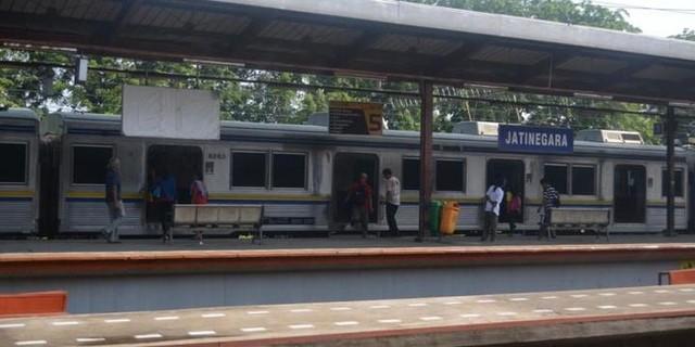 Jadwal KRL Stasiun Jatinegara