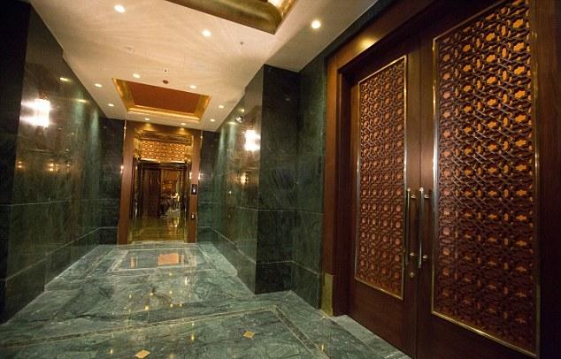 Por dentro do palácio de 500 milhões de Erdogan - MichellHilton.com
