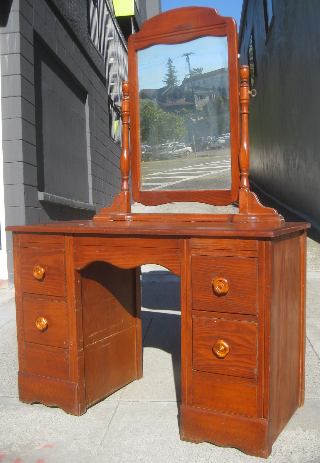 Uhuru Furniture Amp Collectibles Sold 1940s Vanity 90