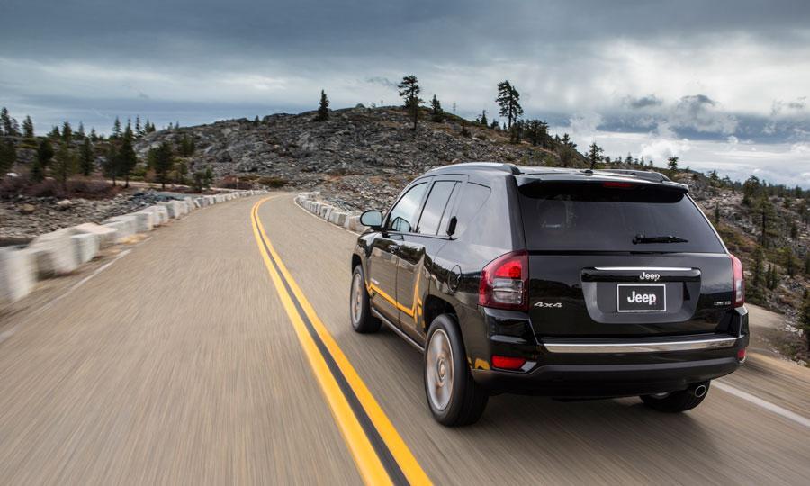 2014 jeep compass debuts updates at detroit auto show. Black Bedroom Furniture Sets. Home Design Ideas