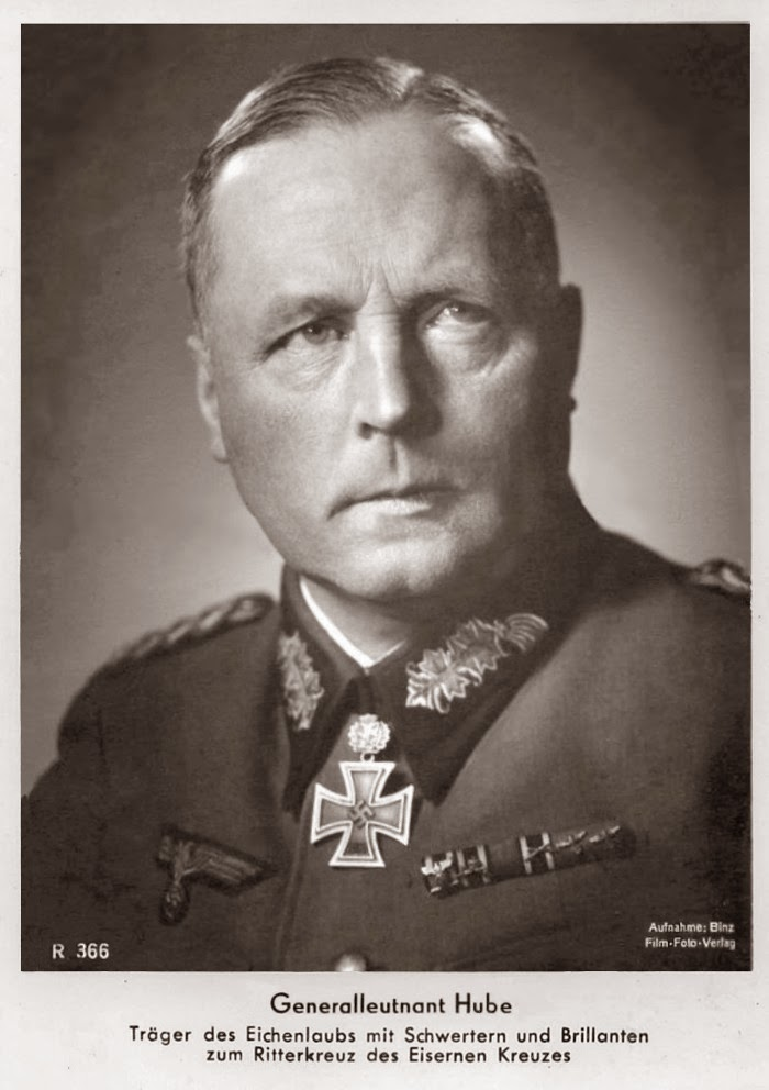 Hans-Valentin Hube Ritterkreuzträger Knight Cross Holder Postcard
