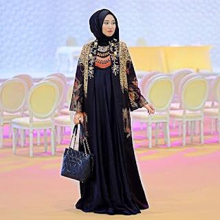 Baju Muslim Terbaru Untuk Pesta Terbaru