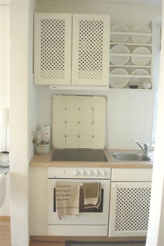 Küche fliesen verkleiden: Fliesenspiegel überstreichen