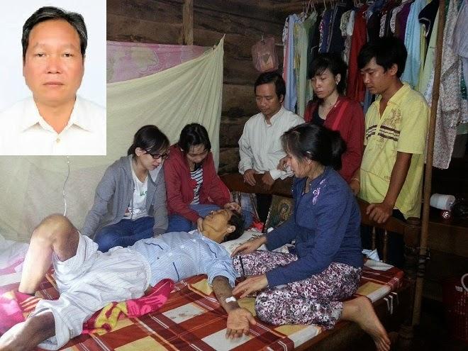 Kết quả hình ảnh cho hình ảnh thầy giáo Đinh Đăng Định và vợ những ngày trong bệnh viện
