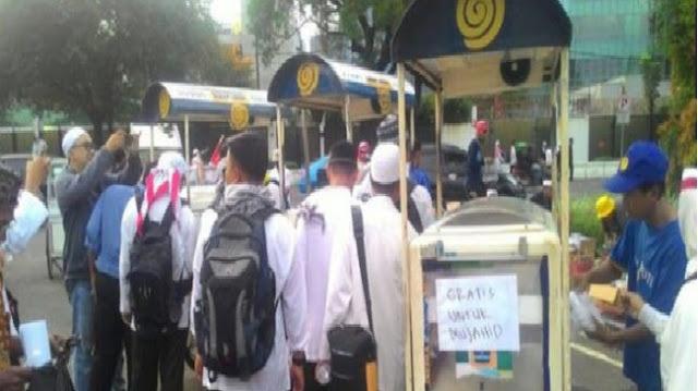 Kurang dari 24 Jam Sejak Klarifikasi, Sari Roti 'Panen' 2 Hukuman Menyakitkan