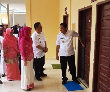 Buoati Asahan Taufan Gama Simatupang meresmikan Puskesmas Pulo Bandring beberapa waktu lalu