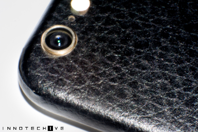 Skinnova Skin iPhone 6 Black Leather Close Up
