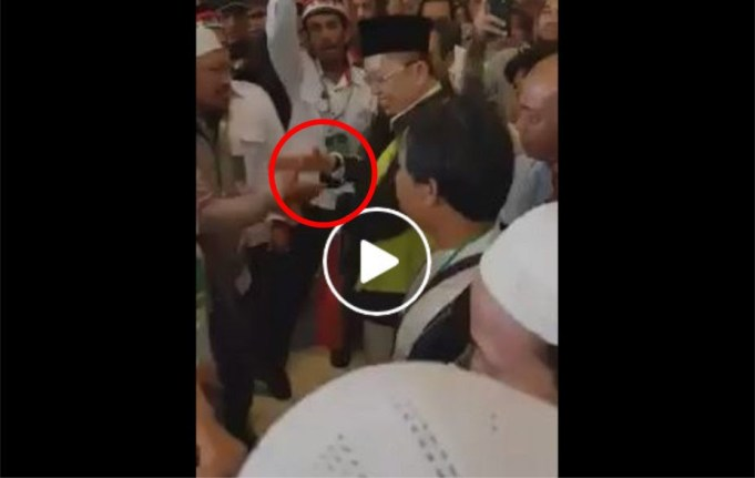 Perlakukan Aparat Borgol Ust. Alfian Tanjung Saat Sidang Perdana, Membuat Umat Islam Kecewa