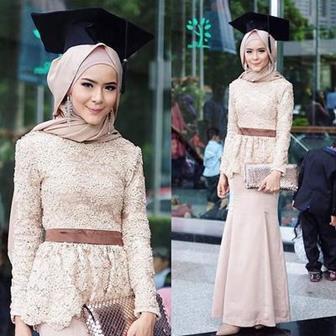 Contoh Model Kebaya Wisuda Paling Cantik