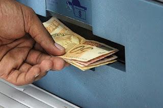 http://vnoticia.com.br/noticia/2232-fazenda-do-rj-deposita-nesta-quinta-07-salarios-de-setembro-para-quem-ganha-ate-r-4-428