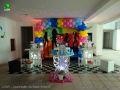 Tema Discoteca para decoração de festa de aniversário de meninos e meninas - mesa decorada infantil