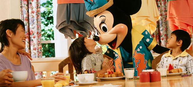 Minnie no Cape May Cafe da Disney em Orlando