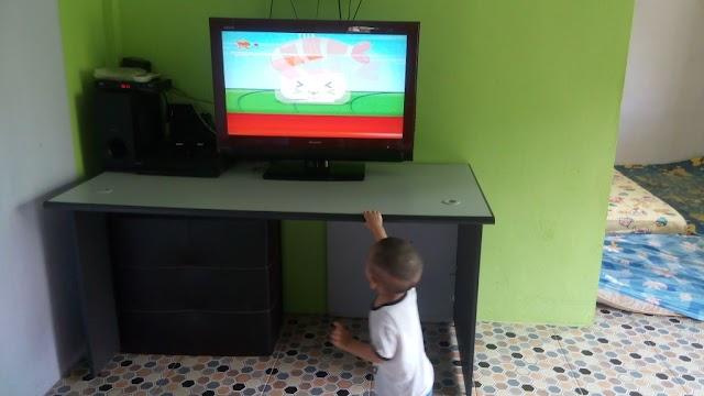 Lil' Amin sudah boleh berjalan @ the age of 14 months