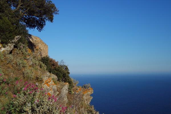 var la seyne-sur-mer cap sicié randonnée sentier littoral chapelle notre-dame-du-mai