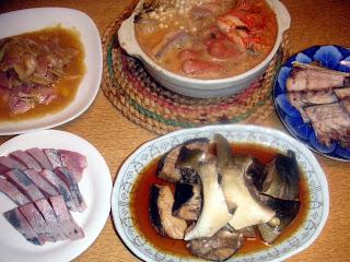 イナダのキムチ鍋 刺身 カルパッチョ アラ煮 骨塩焼き