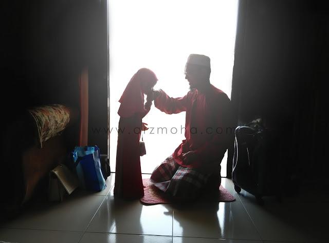 gambar raya arzmoha aidilfitiri 2016, gambar raya cik puteri, #inikanraya, #seindahsyawal, #timerayaje, #berikanmasa, gambar bersalaman di pagi raya, aktiviti wajib di pagi raya,