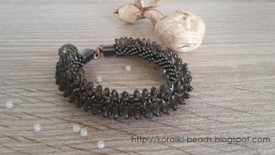 String bracelet bead crochet