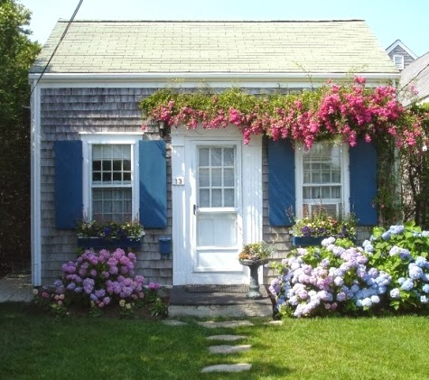 tiny Nantucket cottage