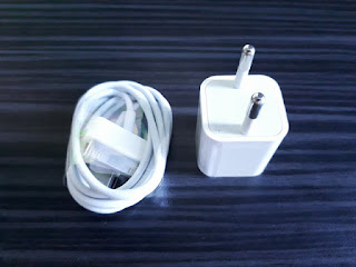 Charger iPhone 4 iPhone 4s New Kepala Adaptor Plus Kabel