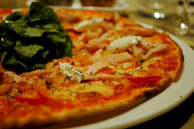 thin crust pizza in Tuscany
