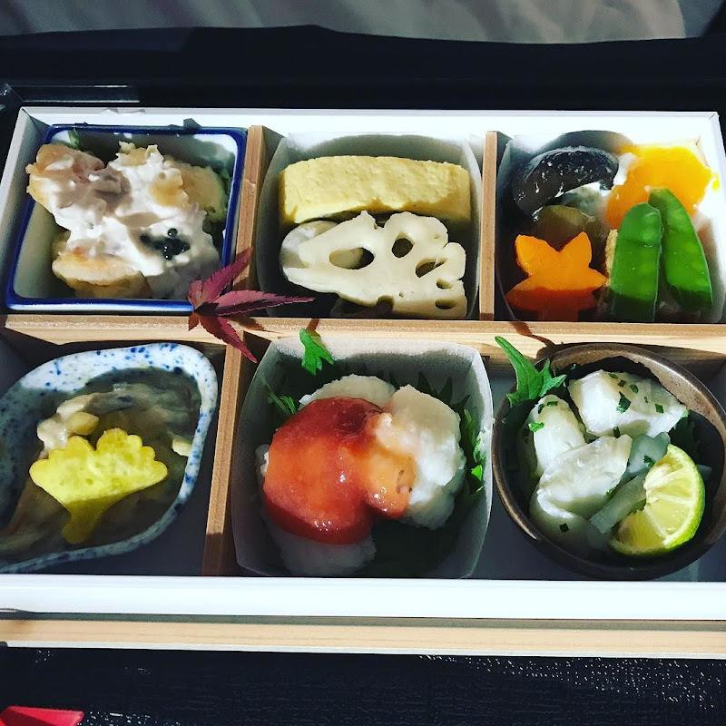 2017年10月下旬:JAL771(JL771) 東京・成田=オーストラリア・シドニー ビジネスクラス搭乗時の機内食内容