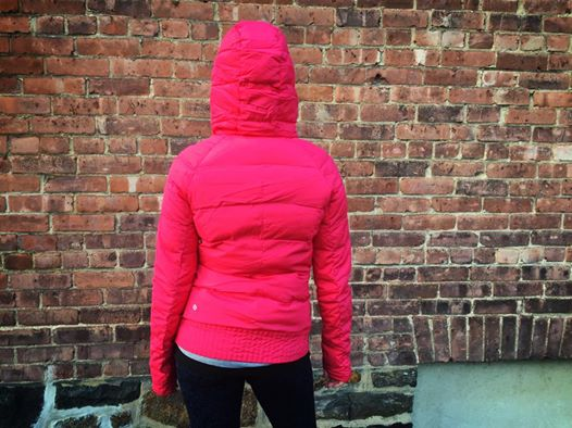 lululemon fluffed up pullover boom juice