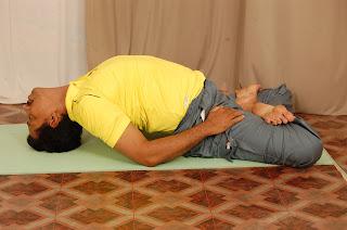 body and soul benefits of matsyasana / fish pose