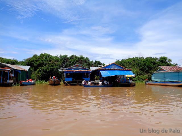 pueblo flotante Chong Khneas