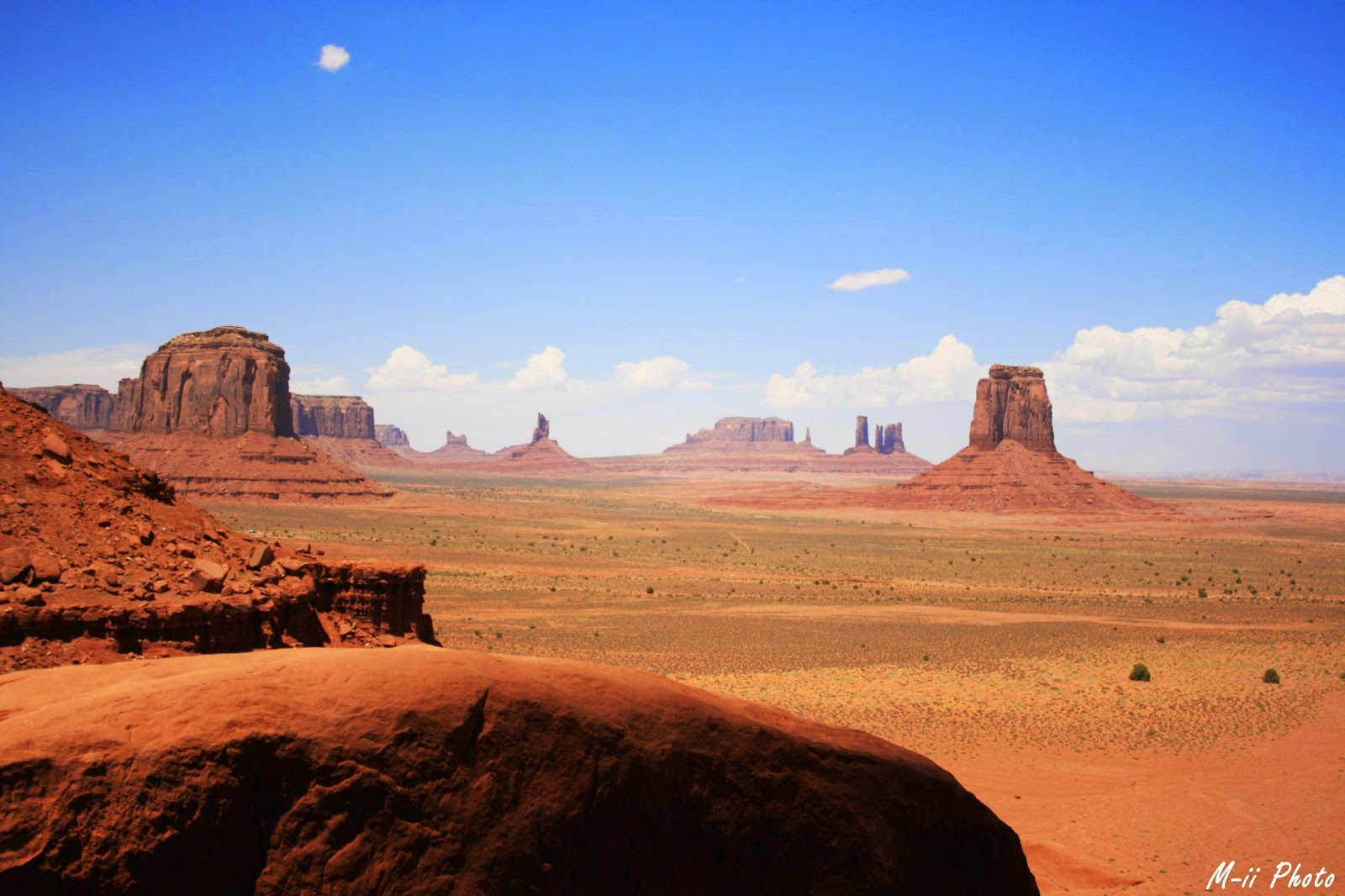 M-ii Photo: Monument Valley Artist Point Overlook