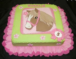 kue ulang tahun tema kuda