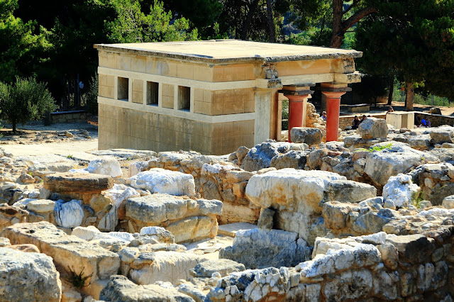 the Palace of Knossos