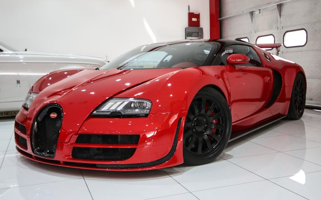 Wicked Red On Red Bugatti Veyron Is A French Hypercar