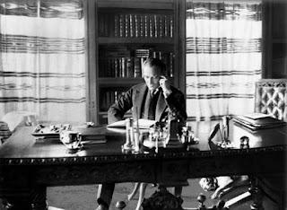 Atatürk ün başucu kitabı