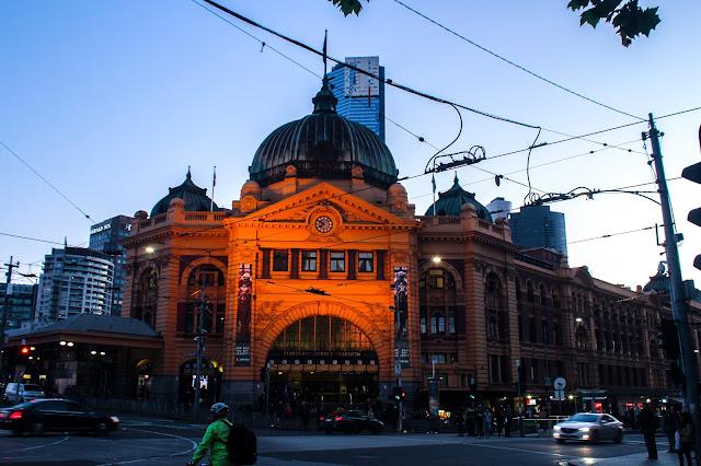 Flinders Street Railway Station @ Melbourne City (CBD), Victoria, Australia 墨尔本弗林德斯大街车站 澳洲澳大利亞 維多利亞州