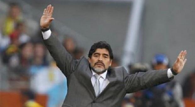 Maradona Jalani Tes Pemulihan Setelah Operasi Perut