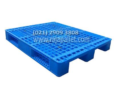 Butuh Palet Plastik Untuk Pabrik di Karawang