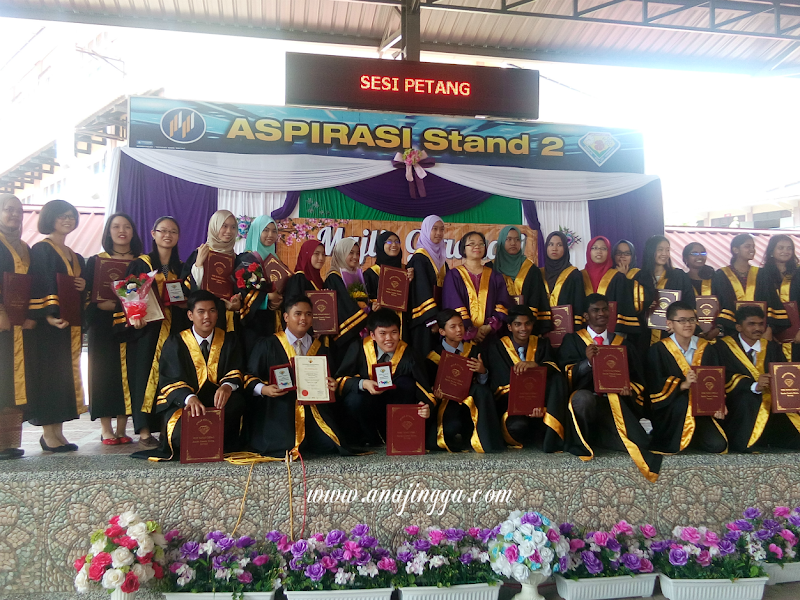 STAND 2 - Graduation Day 2016