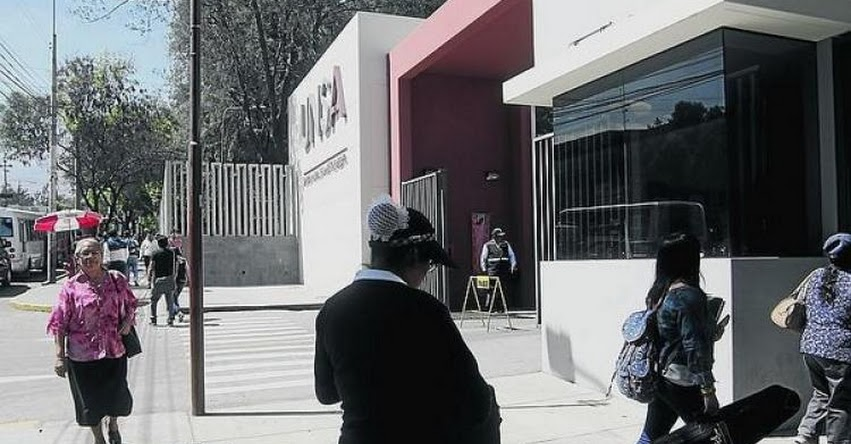 UNSA: Cerca de 50 postulantes se retiran de examen de admisión a la Universidad Nacional de San Agustín Arequipa - 2019 - www.unsa.edu.pe