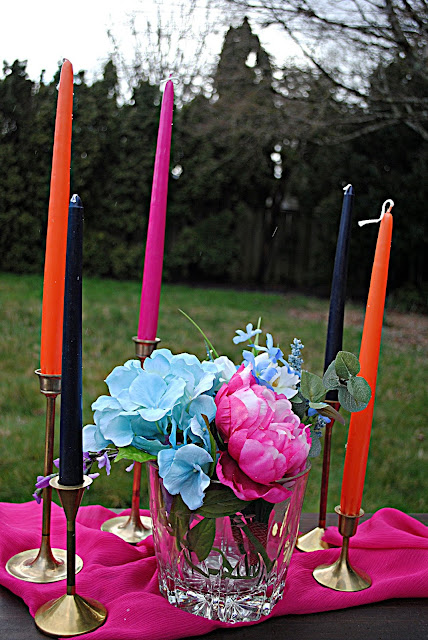 Wedding-trends-colored-candles-summer-wedding-table-inspiration