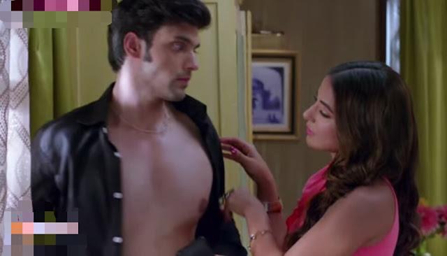Hot Alert : Anurag Komolika's shirtless romance in Kasauti Zindagi Ki 2