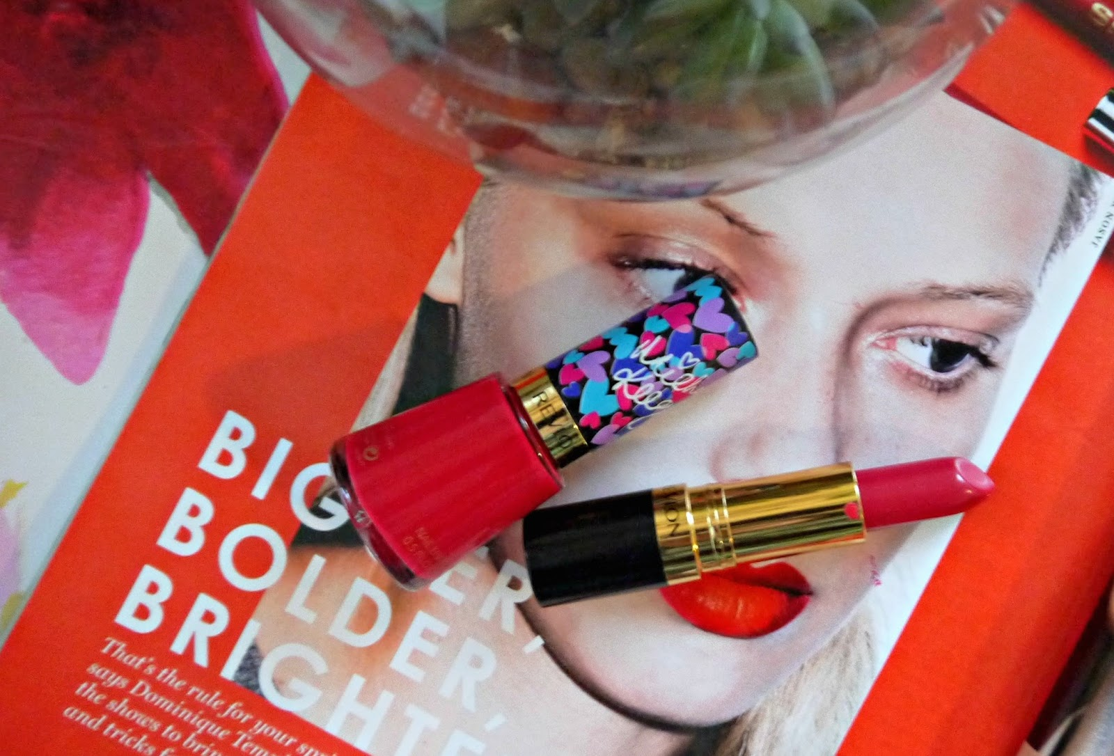 You may or may not have noticed that bright nails and lips are having a moment within my daily beauty routine. Whether it's a cool coral, a racy red or a ...