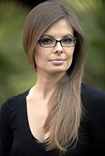 Anastazja Davis. Director of Disconnected